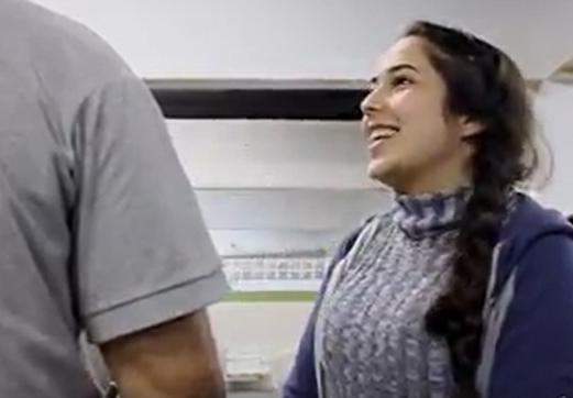 Merry, jovem refugiada da Síria – aprendiz na Price WaterHouse