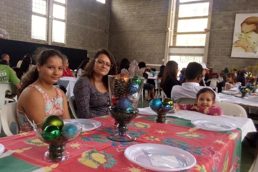 Almoço de confraternização reúne crianças e famílias do Projeto Educa e da IBEV