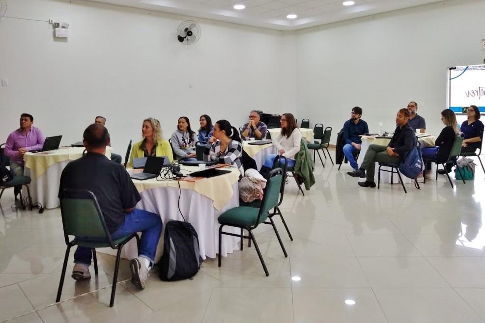 Programa de Aprendizagem da ABC Vida recebe capacitação sobre projeto de empreendedorismo jovem